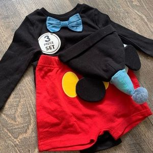 Mickey Mouse outfit - 3 pieces